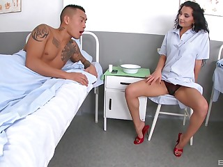 Long legged bombshell Janet Joy licks cum off be worthwhile for her slender feet